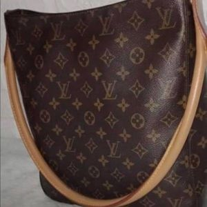 Louis Vuitton Looping GM purse. Authentic.
